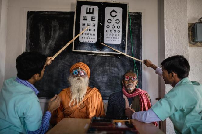 india-sundarbans-eye-exam-adapt-1190-1